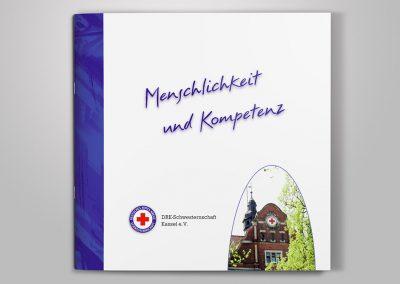"""Broschüre """"Menschlichkeit und Kompetenz"""" der DRK Schwesternschaft Kassel"""